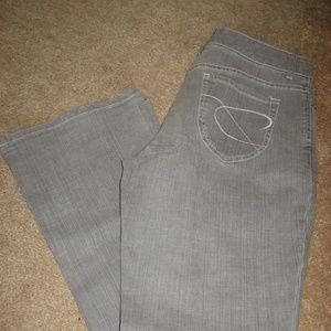 Womens Lt Gray CHICO'S Flare Jeans 0.5  6 Short